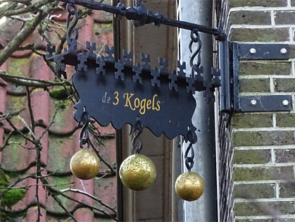 Het huis 'De Drie Kogels' in Follega